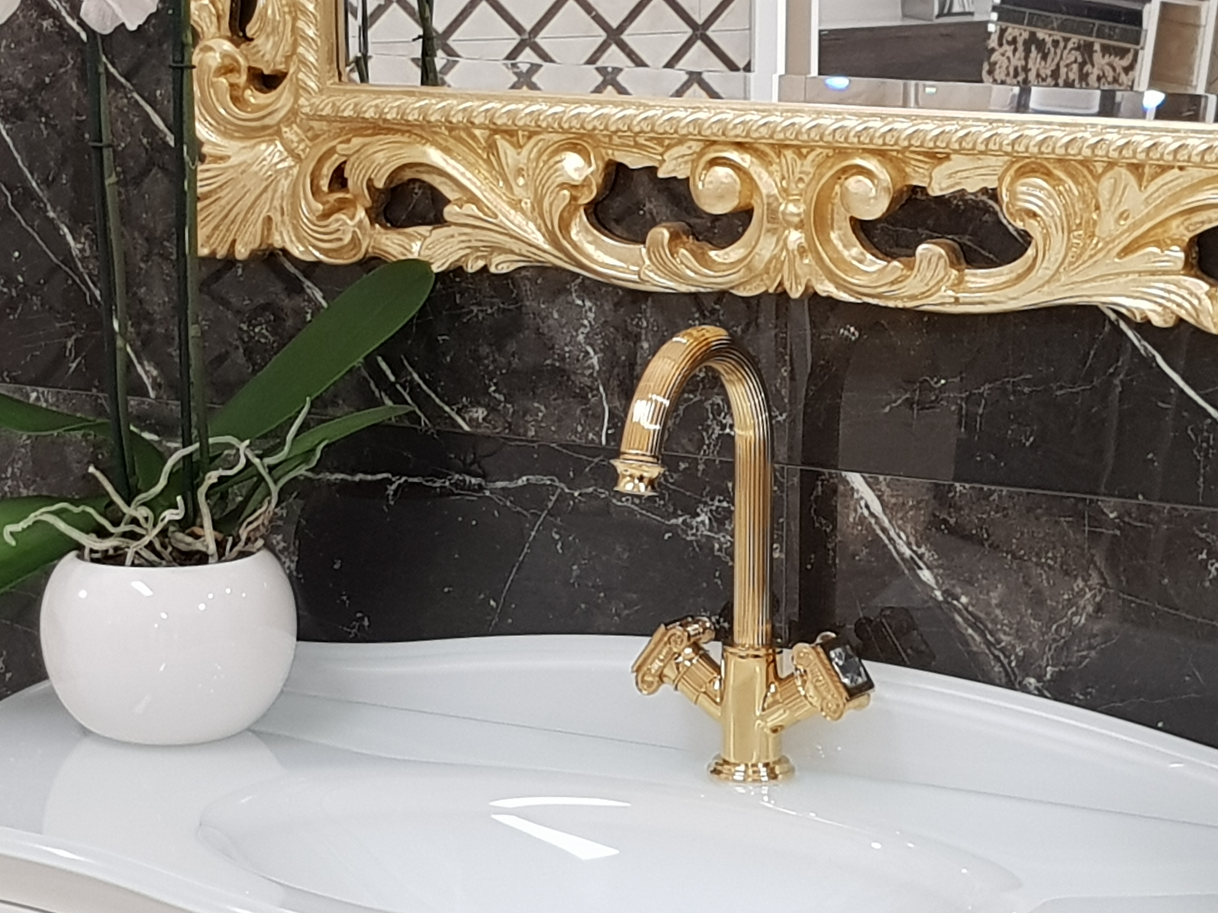 Versace-Olympia lavabo2